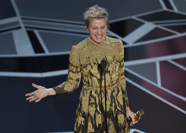 """Frances McDormand accepts the award for best performance by an actress in a leading role for """"Three Billboards Outside Ebbing, Missouri"""" Angeles."""