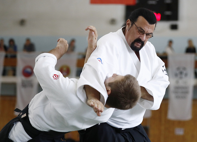 """US actor Steven Seagal gives an aikido masterclass at Fili Sports Complex; the event is part of the 1st International Budo Festival, """"Aikido and Wing Chun"""", organised by Aikido Aikikai Federation of Russia, October 13"""