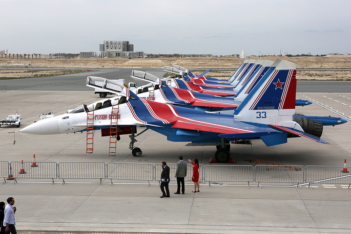 Sukhoi Su-30SM fighter jets of the Russkiye Vityazi aerobatic team