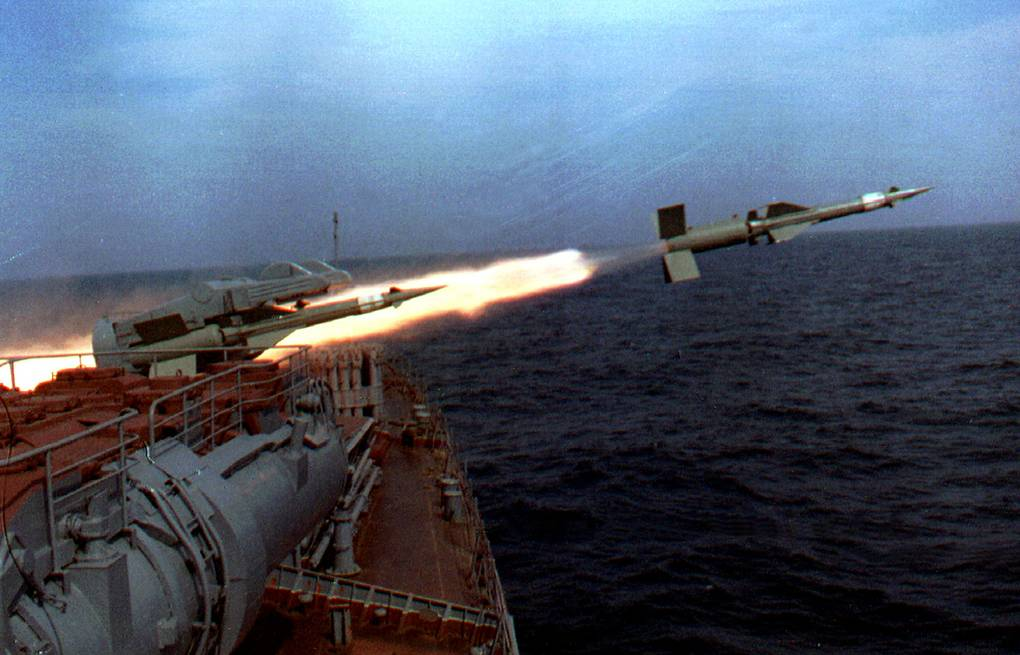 A missile fired from a ship during the Black Sea Fleet naval drills (archive) ITAR-TASS/Sergei Velichkin