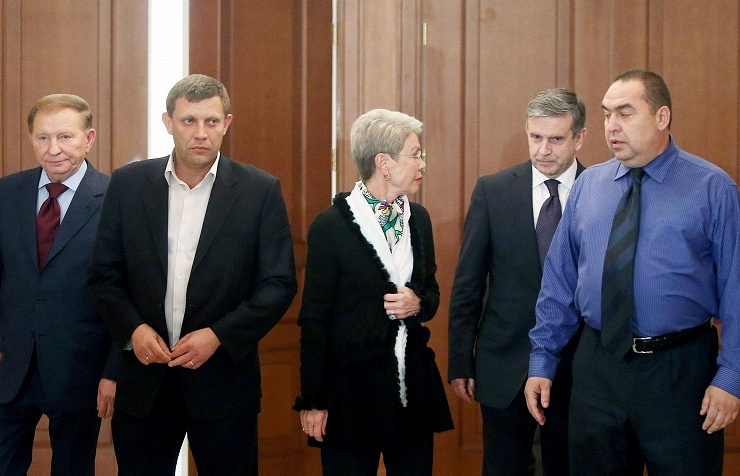 Participants of the tripartite contact group meeting (Ukraine - OSCE - Russia) for settling the Ukrainian crisis. September 5, 2014 Archive ITAR-TASS/BelTA/Natalia Ablozhei