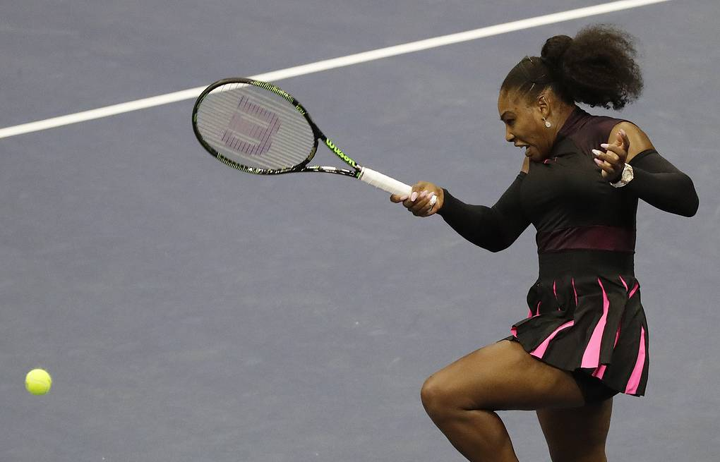 Serena Williams  EPA/JASON SZENES