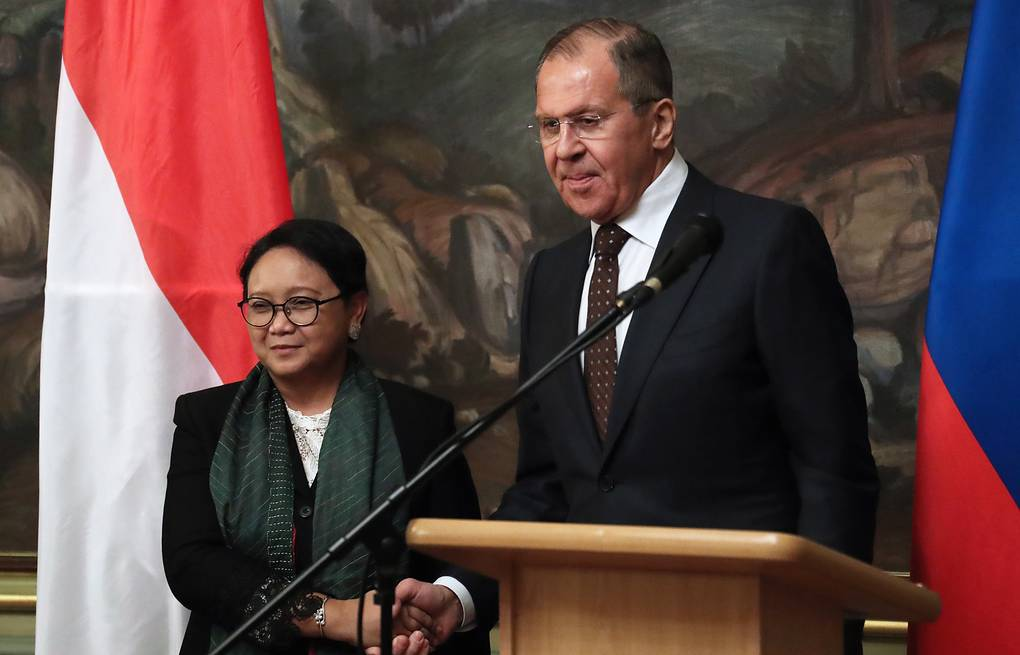 Indonesian and Russian Foreign Ministers, Retno Marsudi and Sergey Lavrov Anton Novoderezhkin/TASS