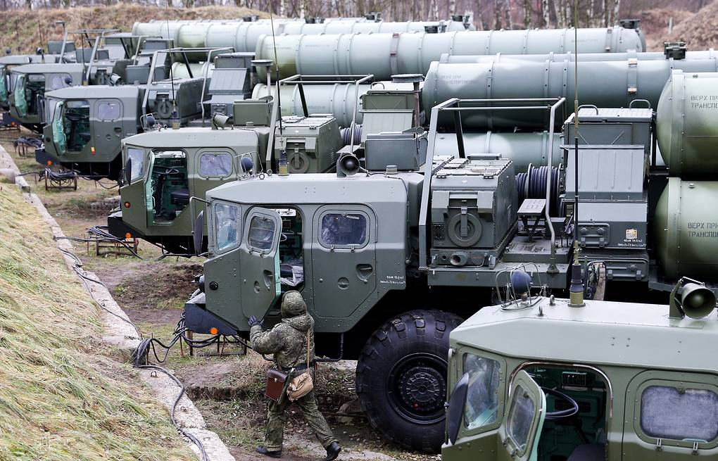 S-400 air defense systems Vitaliy Nevar/TASS