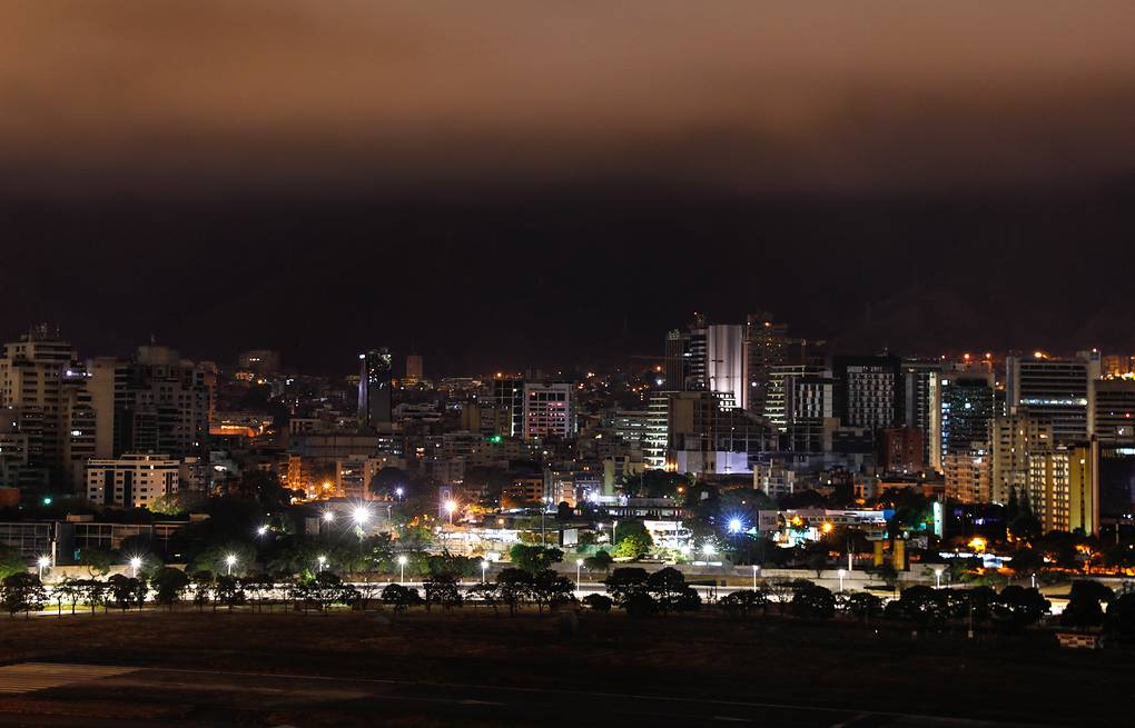 A night view of Caracas after power supply was restored Valery Sharifulin/TASS