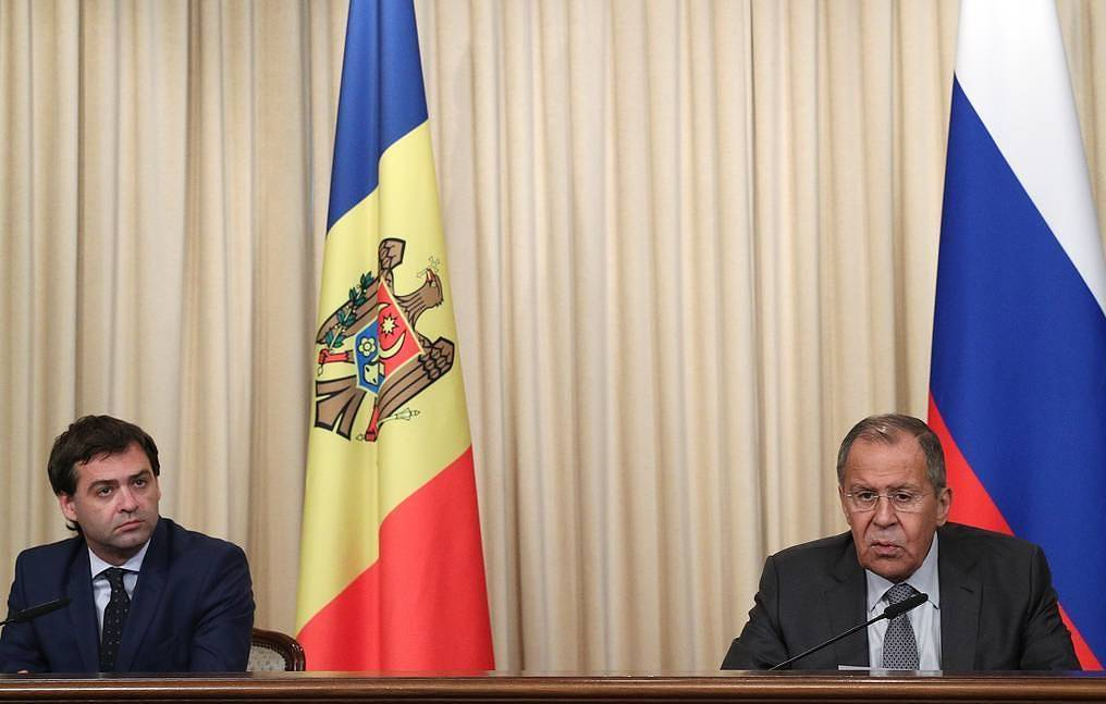 Minister of Foreign Affairs and European Integration of Moldova Nicolae Popescu and Russian Foreign Minister Sergey Lavrov  Gavriil Grigorov/TASS