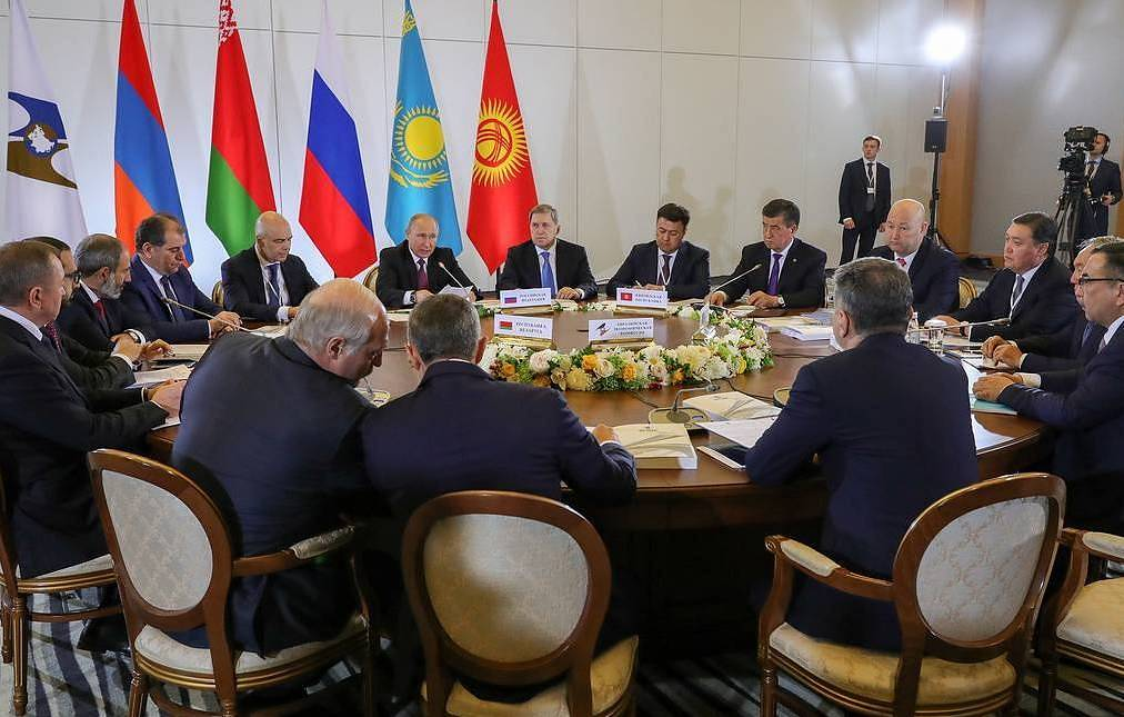 A meeting of the Supreme Eurasian Economic Council Mikhail Klimentyev/press service of the Russian president/TASS