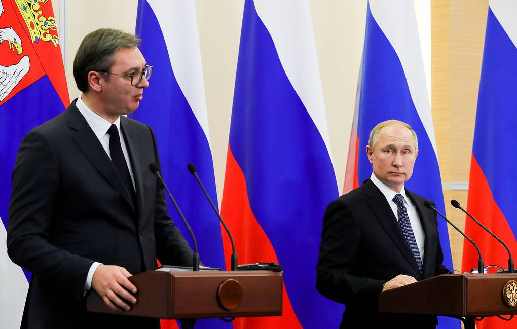 Serbia's President Aleksandar Vucic and Russia's President Vladimir Putin  Mikhail Klimentyev/Russian Presidential Press and Information Office/TASS