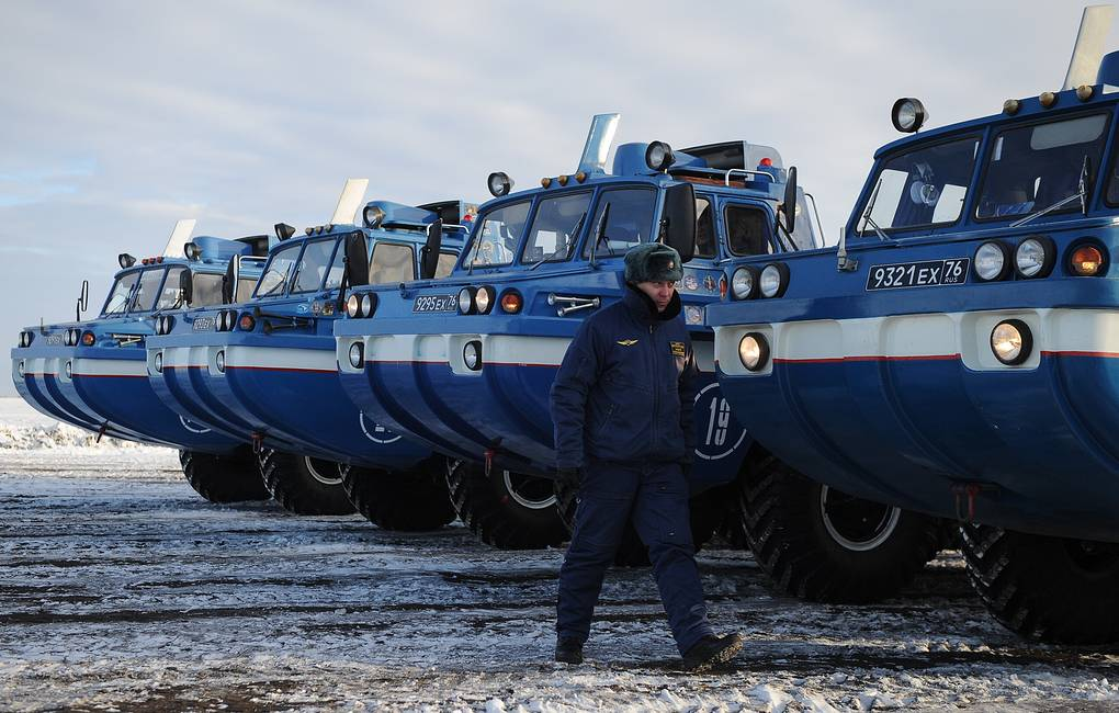 Blue Bird search and rescue amphibious off-road vehicles Donat Sorokin/TASS