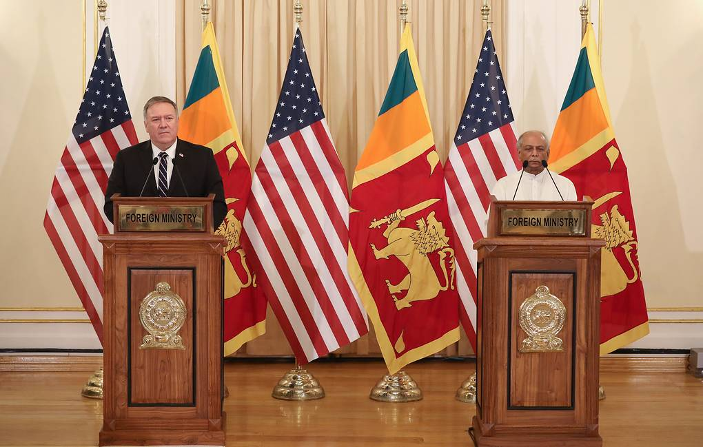 US Secretary of State Mike Pompeo and Foreign Minister of Sri Lanka Dinesh Gunawardena EPA-EFE/CHAMILA KARUNARATHNE