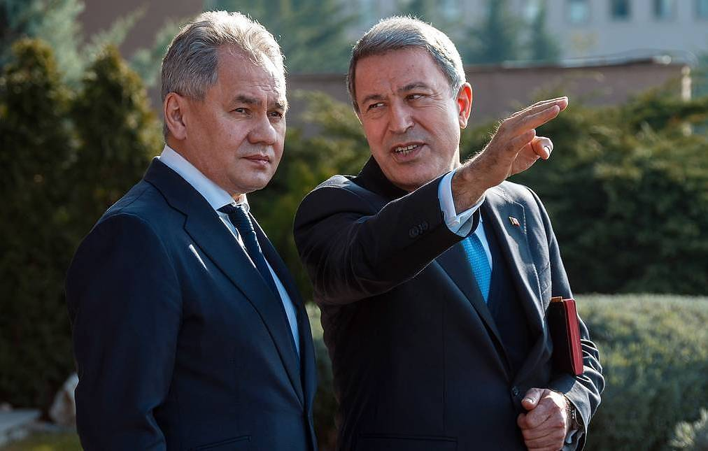 The defense ministers of Russia and Turkey, Sergei Shoigu and Hulisi Akar