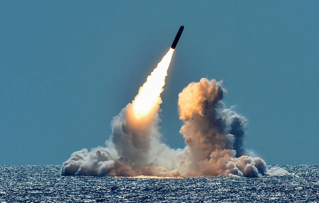 Пуск баллистической ракеты Trident II U.S. Navy/Mass Communication Specialist 1st Class Ronald Gutridge/Handout via REUTERS