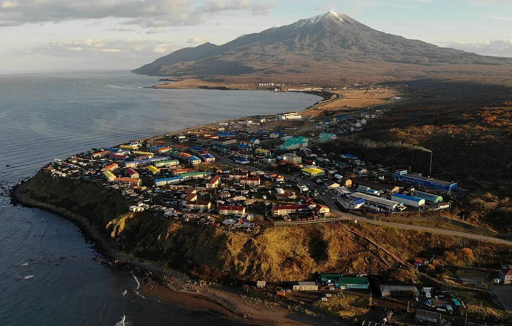 Kuril Islands' citizens arrive in Japan for visa-free trip
