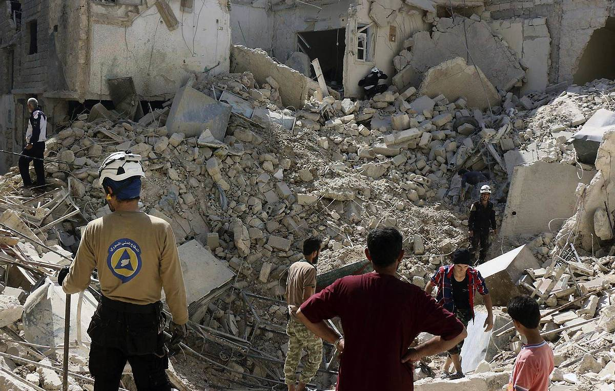 Russian diplomat warns White Helmets plotting to stage new false flags in Syria