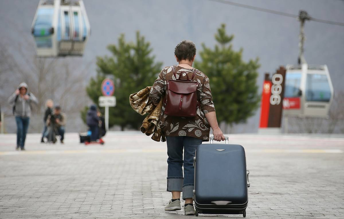 Russia to start lifting restrictions on domestic tourism from June 1