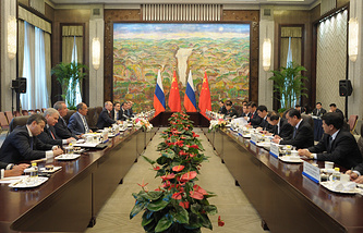 Russia-china talks