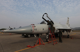 Pakistan Air Force fighter jet (archive)