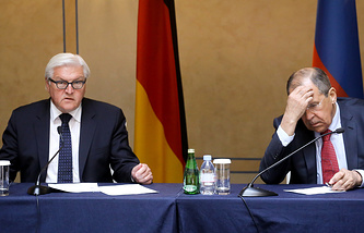 German Foreign Minister Frank-Walter Steinmeier and Russia's Foreign Minister Sergei Lavrov