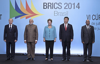 Russian President Vladimir Putin, Indian Prime Minister Narendra Modi, Brazilian President Dilma Rousseff, Chinese President Xi Jinping and South African President Jacob Zuma