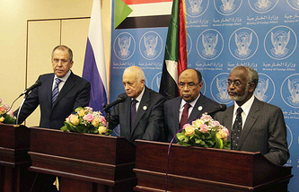 Russian Foreign Minister, Sergei Lavrov, Secretary General of the Arab League, Nabil Elaraby and the Sudanese Foreign Minister, Ali Ahmed Karti in Khartoum, Sudan