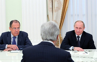 Russia's President Vladimir Putin (right) and Foreign Minister Sergey Lavrov (left) at a meeting with US Secretary of State John Kerry (center)