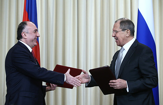 Azerbaijani and Russian foreign ministers, Elmar Mamedyarov and Sergey Lavrov