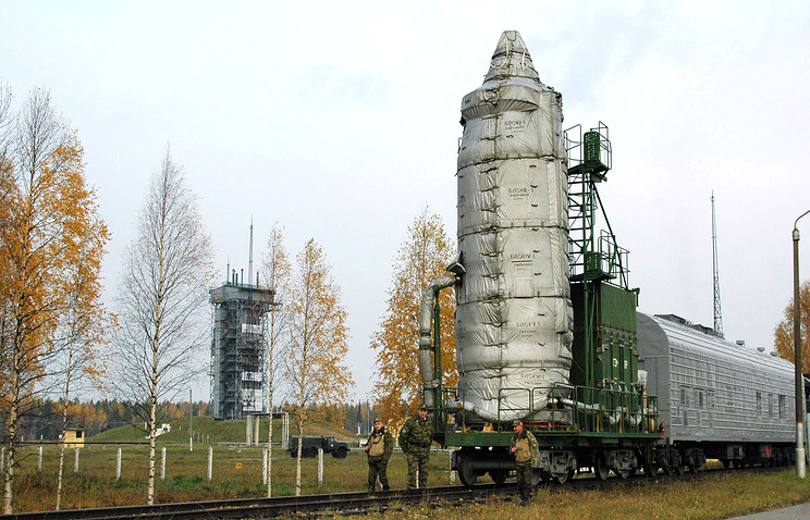 Rockot carrier rocket transported to Plesetsk cosmodrome