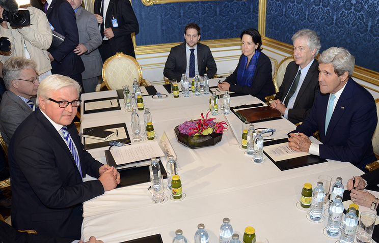 US Secretary of State John Kerry (R) and Foreign Minister of Germany Frank-Walter Steinmeier (L) during the nuclear talks on Iran in Vienna