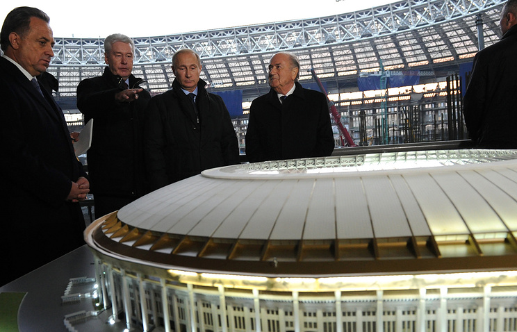 Russian President Vladimir Putin visited the reconstruction site of Moscow's Luzhniki Arena, October 28, 2014