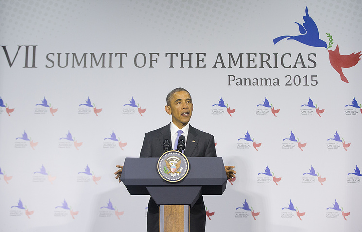 US President Barack Obama speaks during a news conference at the Summit of the Americas in Panama City, Panama, Saturday, April 11, 2015