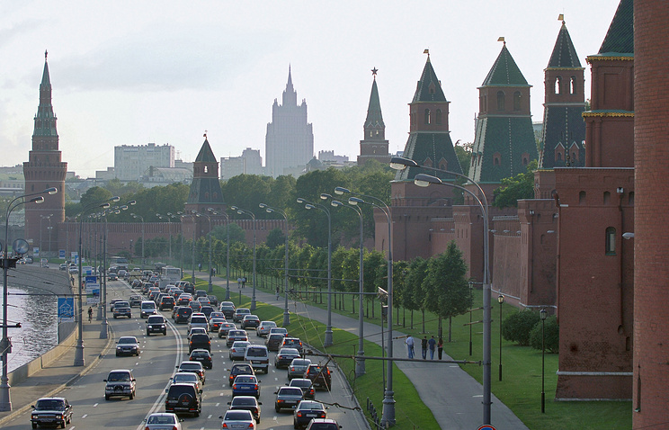 Moscow Kremlin walls (archive)