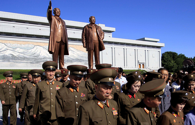North Korean military personnel