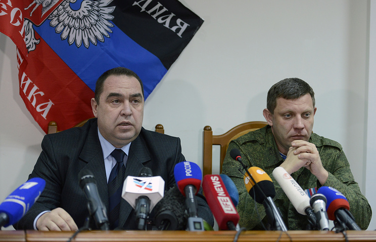 Leaders of Ukraine's unrecognized self-proclaimed republics, Igor Plotnitsky and Alexander Zakharchenko