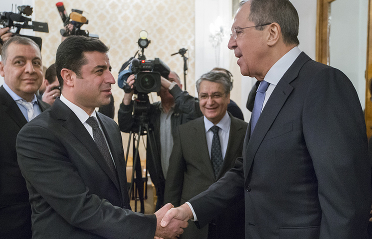 Co-chairman of the pro-Kurdish People's Democratic Party of Turkey Selahattin Demirtas and Russian Foreign Minister Sergey Lavrov