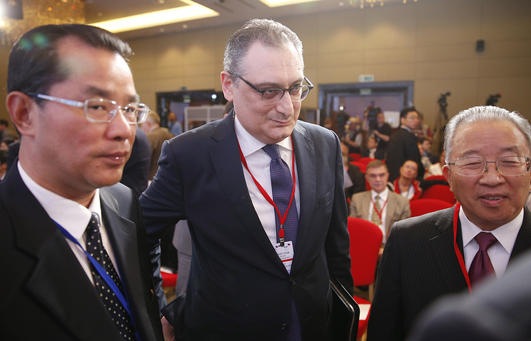 "Russian Deputy Foreign Minister Igor Morgulov and Dai Bingguo, the Chinese chair of the Chinese-Russian Committee for Friendship, Peace and Development at the conference ""Russia and China: to the new quality of bilateral relations"""