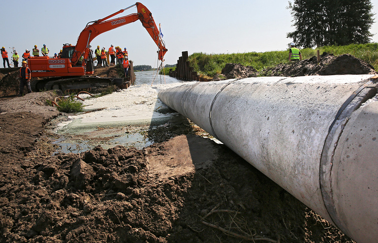 Gas pipeline construction in Poland (archive)