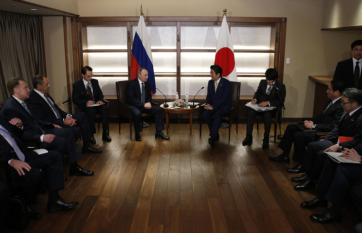 Vladimir Putin, Shinzo Abe Signal No Resolution On Island Dispute