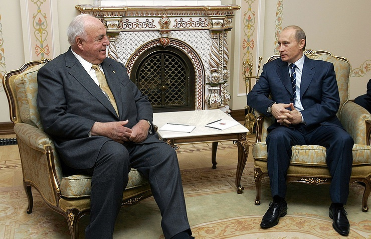 Vladimir Putin and Helmut Kohl, 2005