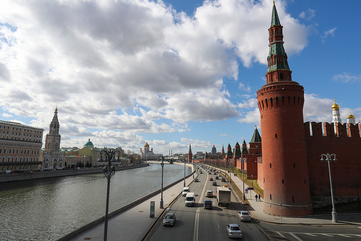 Kremlin won't tolerate seizure of its diplomatic properties in US for long