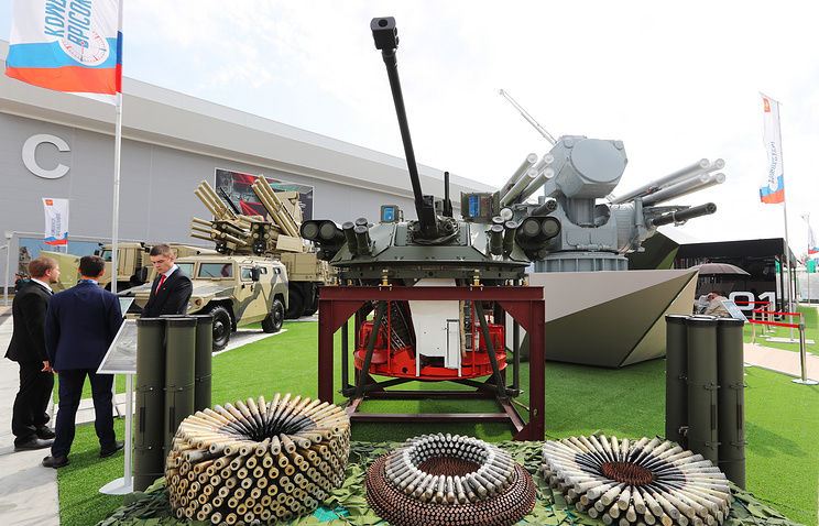 Weaponry on display at the opening of the Army-2017 forum