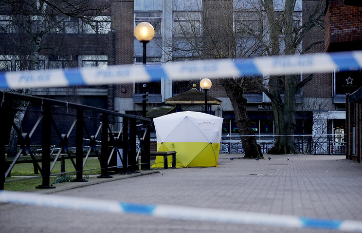 A police tent covering the spot where Sergei Skripal and his daughter were found in Salisbury, England