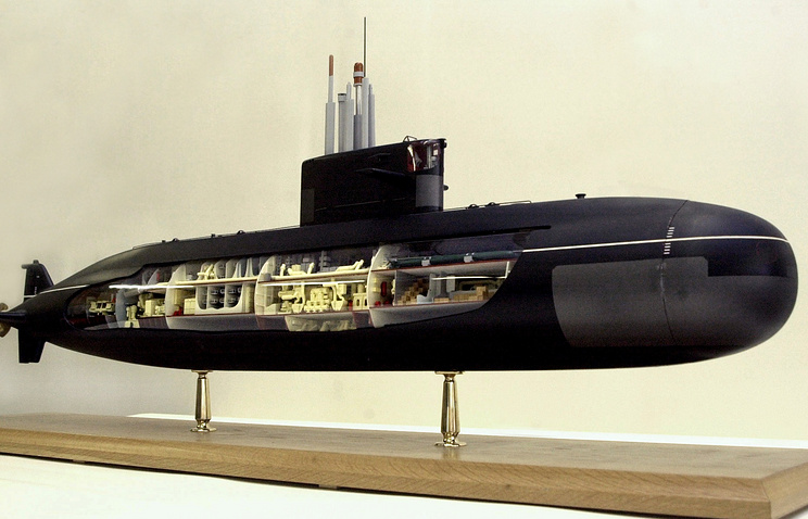 Model of Amur-1650 submarine