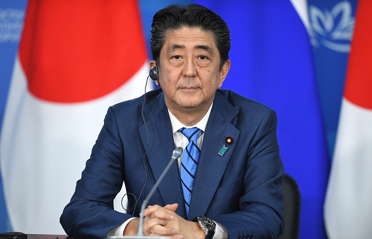 Japan's Abe confirms China visit this year
