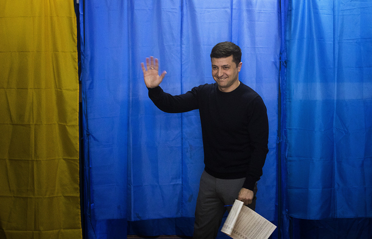 Zelensky and Poroshenko enter runoff